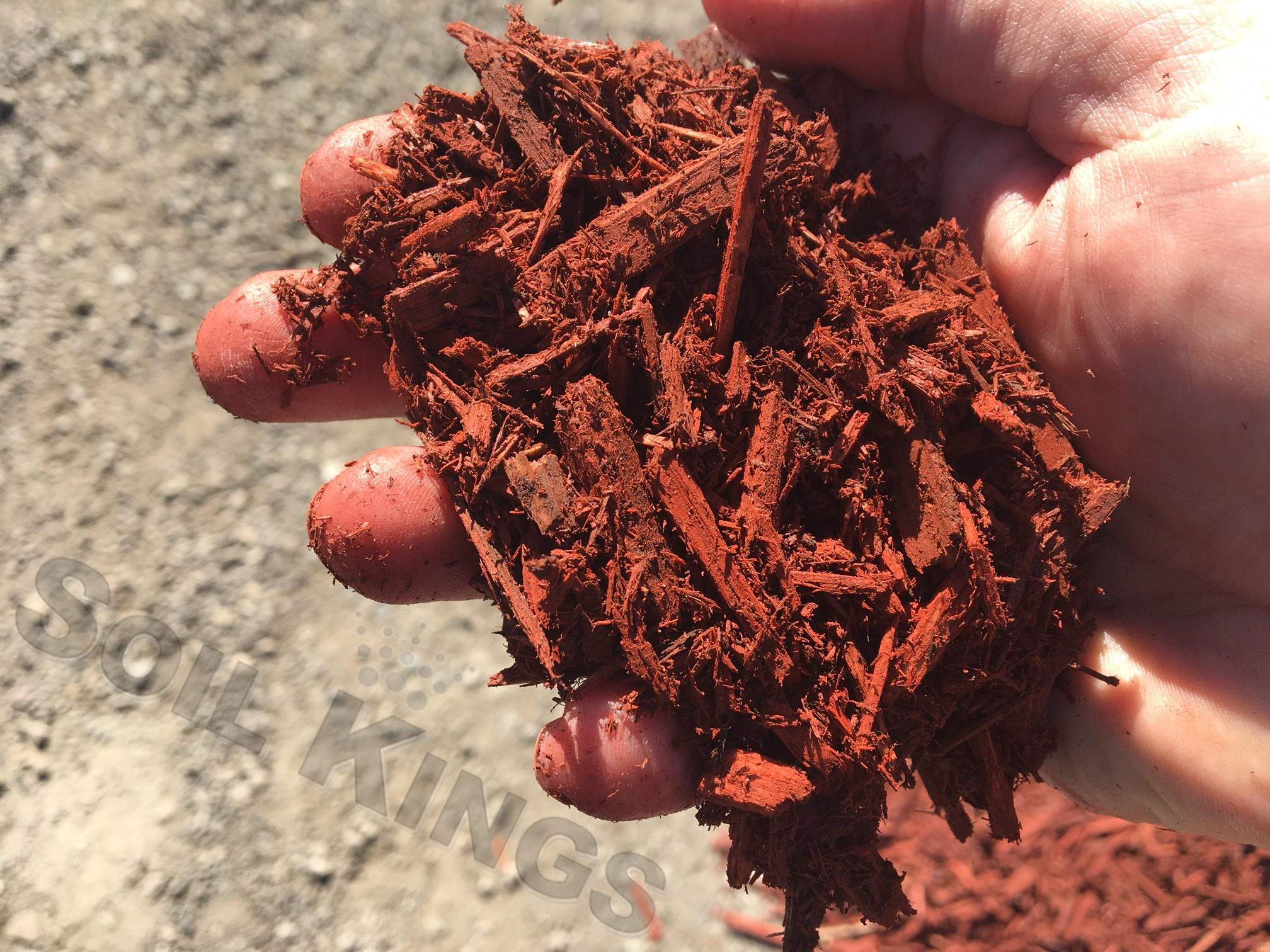 Red mulch soil kings for Soil king compost