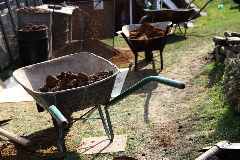 Using Clay Effectively - Soil Kings - Bulk Landscaping Supplies - Featured Image