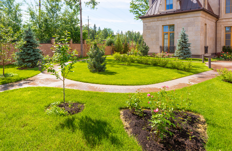Common Landscaping Mistakes (and How to Fix Them) - Soil Kings - Bulk Landscaping Supplies - Featured Image